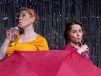 Regentänzerinnen brauchen keine Regenjacke