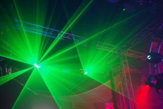 Lichttechnik Tontechnik Traversen Medientechnik Musikinstrumente